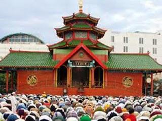 Wisata Religi Ramadhan ke Masjid Klenteng Cheng Ho