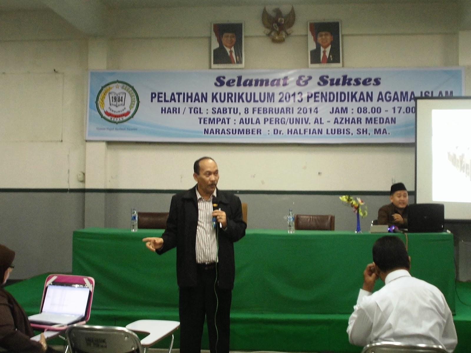 """MEDAN Sabtu 8 Februari 2014 Perguruan Al Azhar Medan mengadakan inovasi pendidikan yaitu """"PELATIHAN KURIKULUM 2013 PENDIDIKAN AGAMA ISLAM yang dikhususkan"""