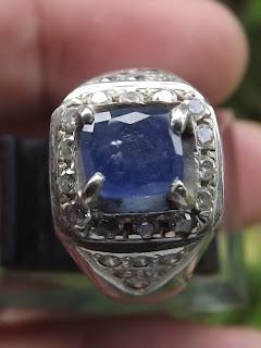 blue safir ceylon