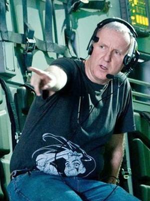"""James Cameron y su camiseta de """"Alita Angel de Combate"""""""