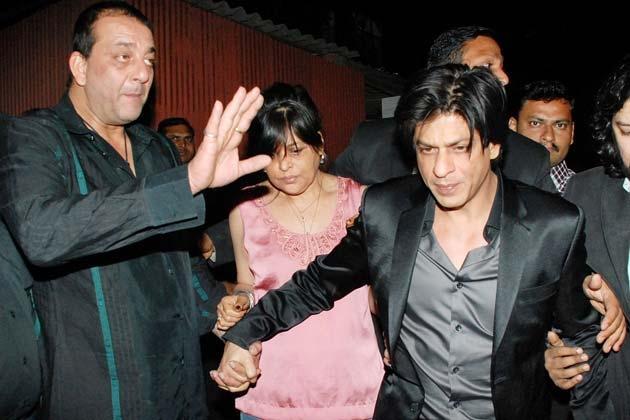 Shahrukh Khan & Sanjay Dutt party pictures