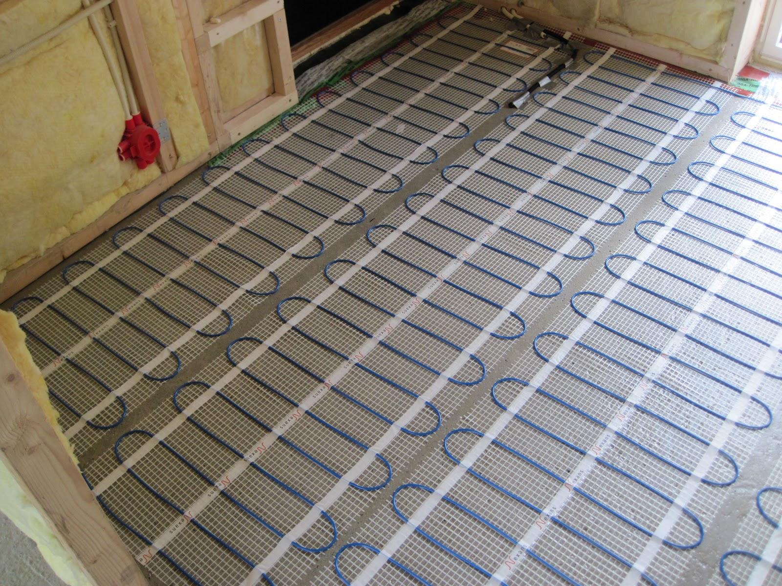 Varmekabler under gulvbelegg