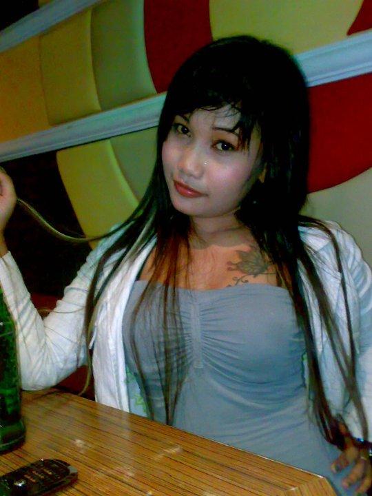 Foto Bugil: Foto Mahasiswi Bispak Nyepong