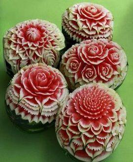 Dekoracije od voća i povrća