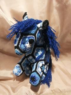 cavallo uncinetto crochet