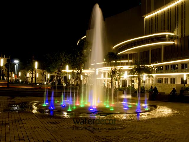 air+terjun+central+park+jakarta.jpg