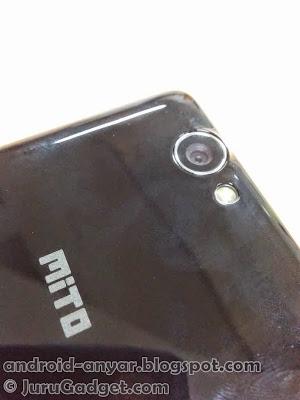 Penampakan kamera belakang Mito A10 Impact yang menggunakan sensor 5 MP.