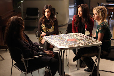 Pretty Little Liars S03E23. I'm Your Puppet