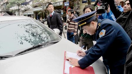 Mức phạt cho lỗi dừng xe đỗ xe sai quy định