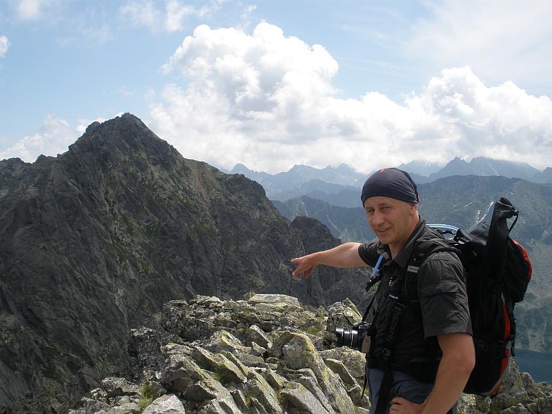 Na Małym Kozim Wierchu (słow. Malý Kozí vrch; 2226 m n.p.m.).