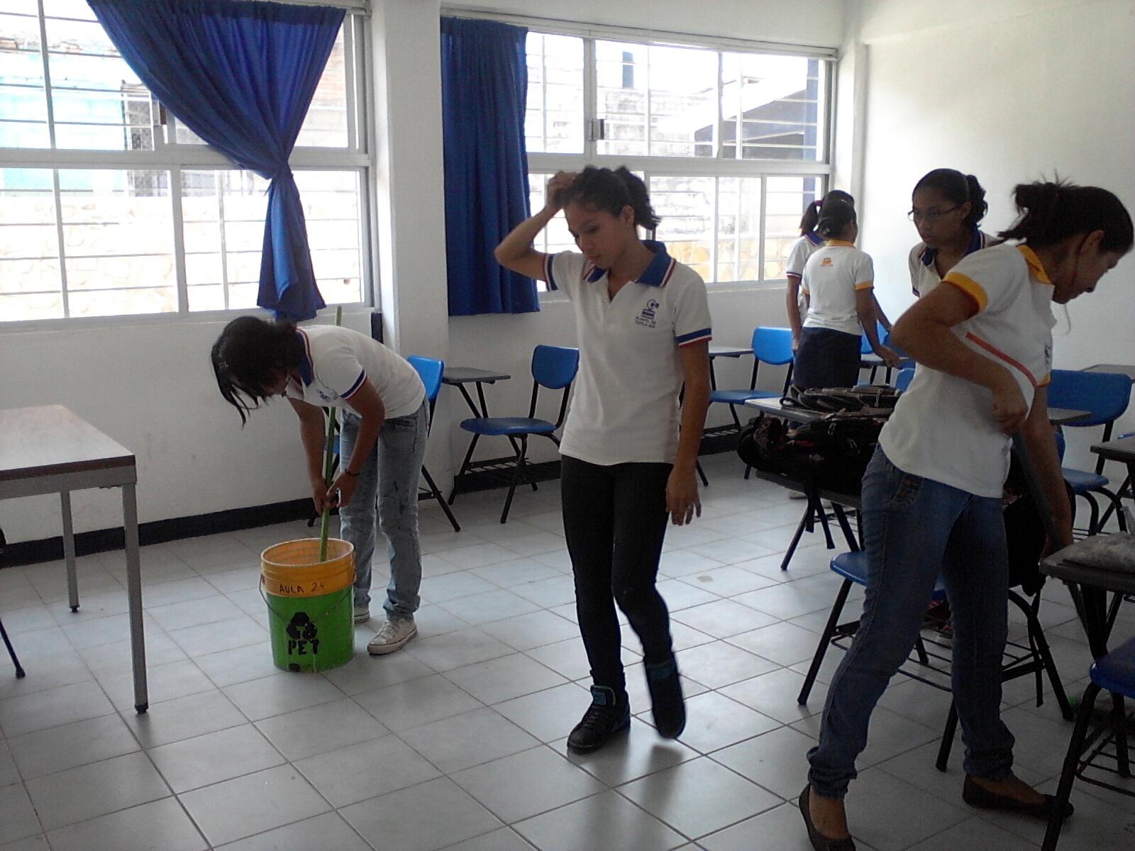 Educacion es innovar teacher octubre 2012 for Actividades para el salon de clases