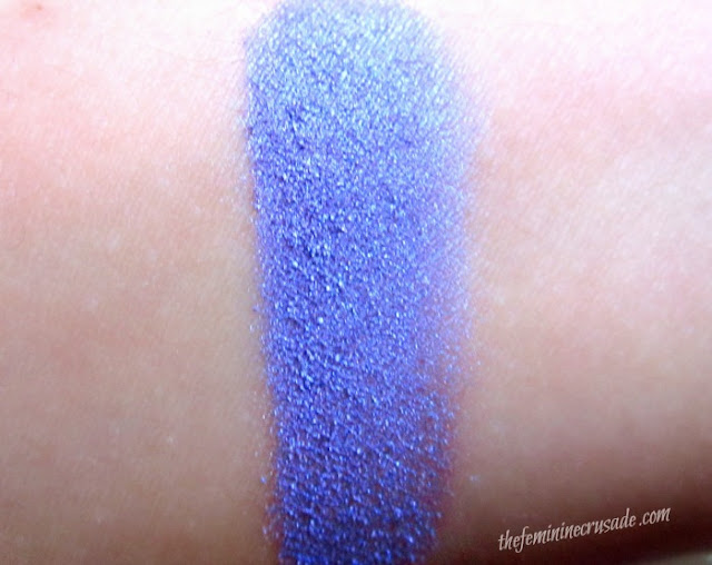 Picture of Annika Maya Shimmer Powder in Iris Swatch