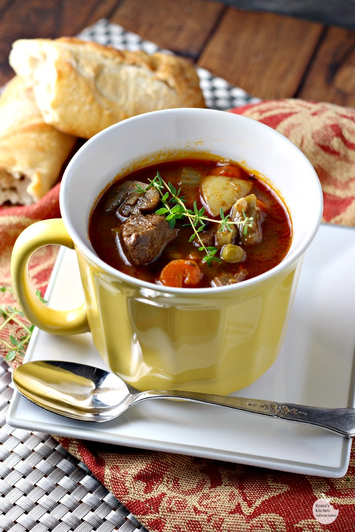 Beefy Vegetable Soup By Renee S Kitchen Adventures Easy Recipe For Classic Beef Vegetable Soup