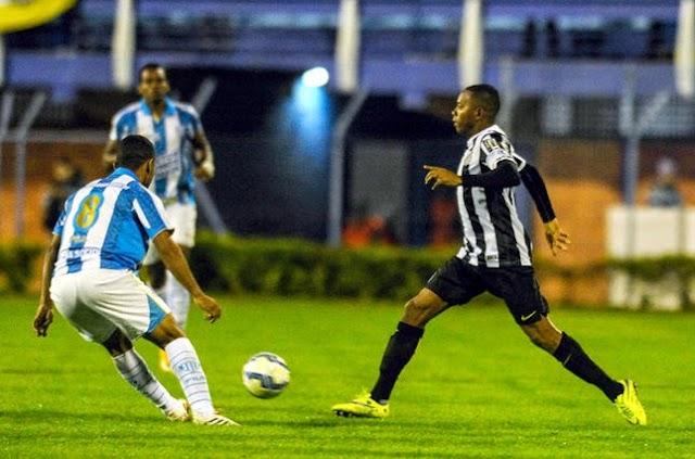 Santos estreia jogando bem, mas só empata com Avaí