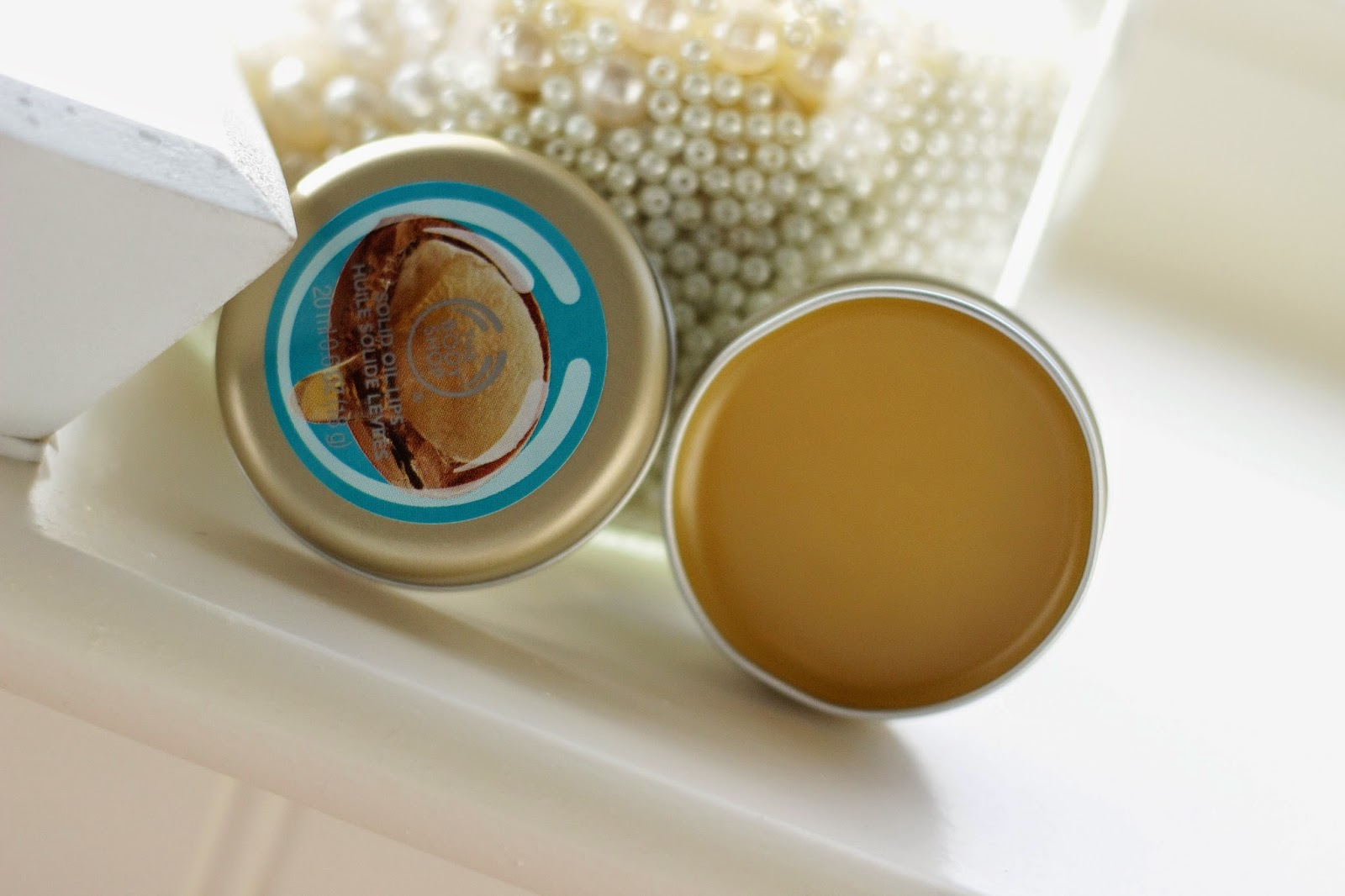 review the body shop wild argan oil solid oil lips