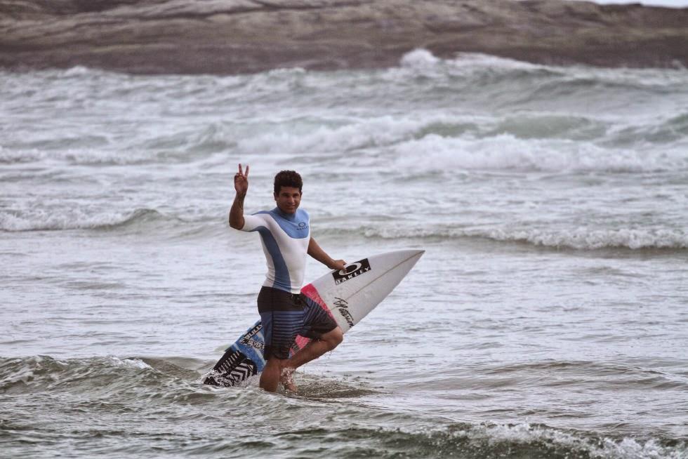 4 Italo Ferreira BRA Quiksilver Pro Saquarema 2015 Foto WSL