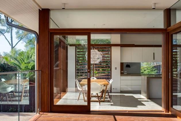 Rumah Kreatif dengan Aksen Kayu Elegan | Model Denah Rumah Minimalis
