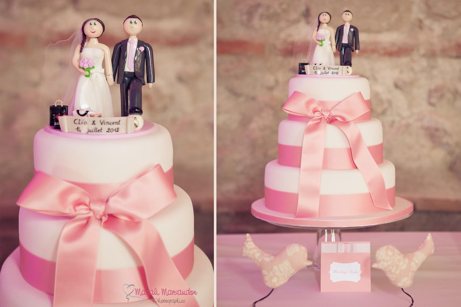 gateau de mariage rose