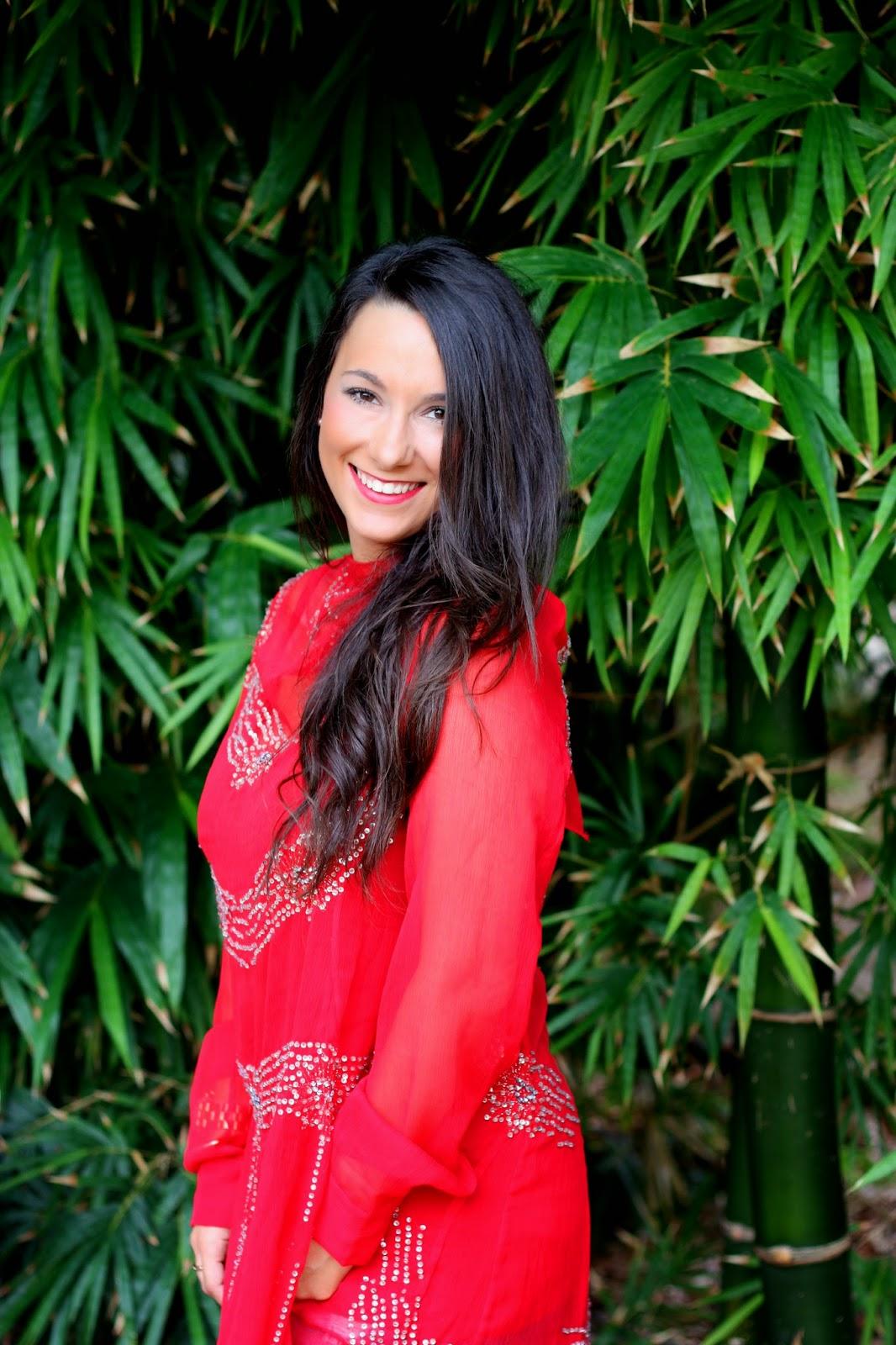 http://silviparalasamigas.blogspot.com.es/2014/10/look-xvii-valencia-fashion-week.html