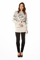 Bluza moderna, de culoare bej, cu imprimeu animal ( )