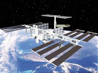 76 mikroorganisma misteri serang ISS
