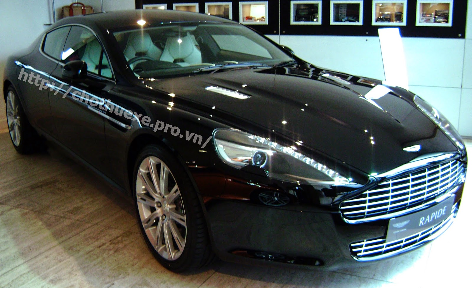 Cho thuê siêu xe Aston Martin Rapide