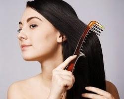 Tips Cara Meluruskan Rambut Keriting Secara Alami