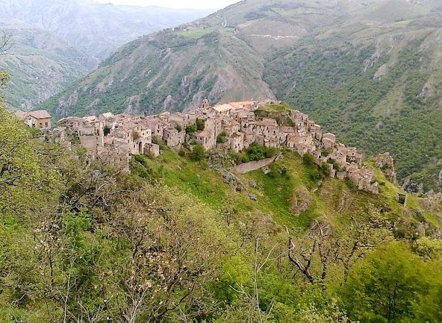 Pueblos abandonados Italia