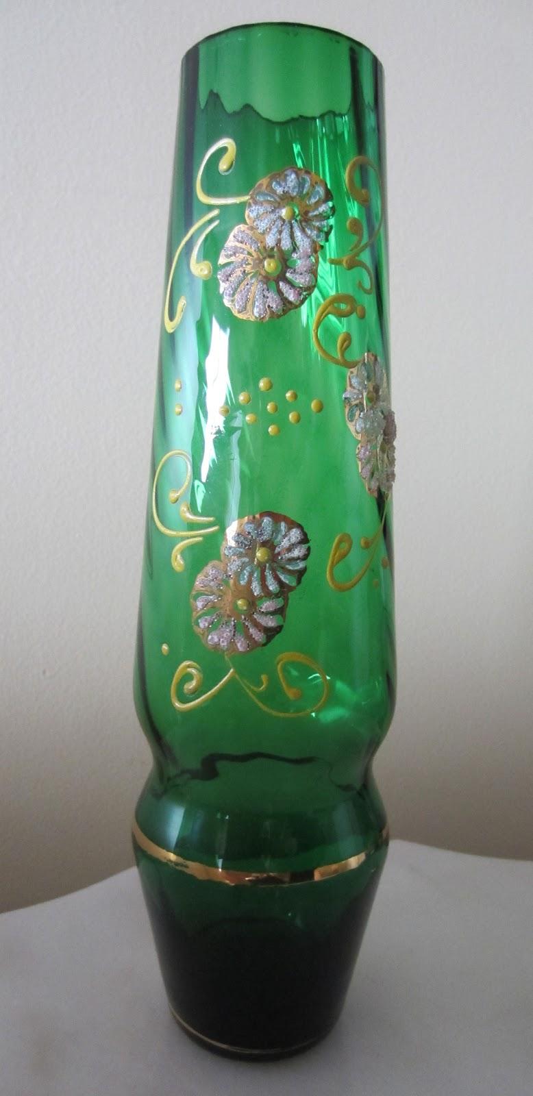 vintage et distinction vase italien en verre torsad vert et fleuri 10. Black Bedroom Furniture Sets. Home Design Ideas