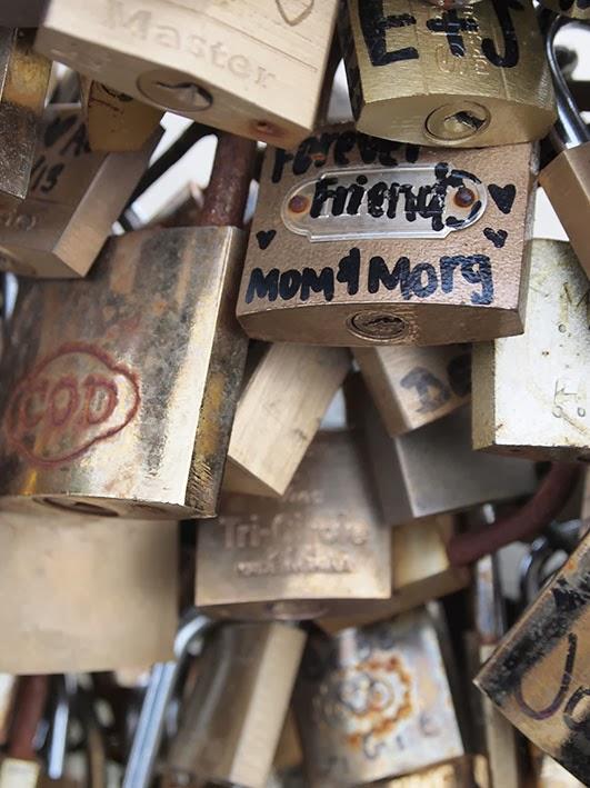 Cadenas d'amour - Pont de l'Archevêché, Paris