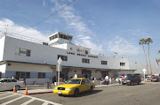 Long Beach Airport (LGB) declares the opening of three Air carrier flight .
