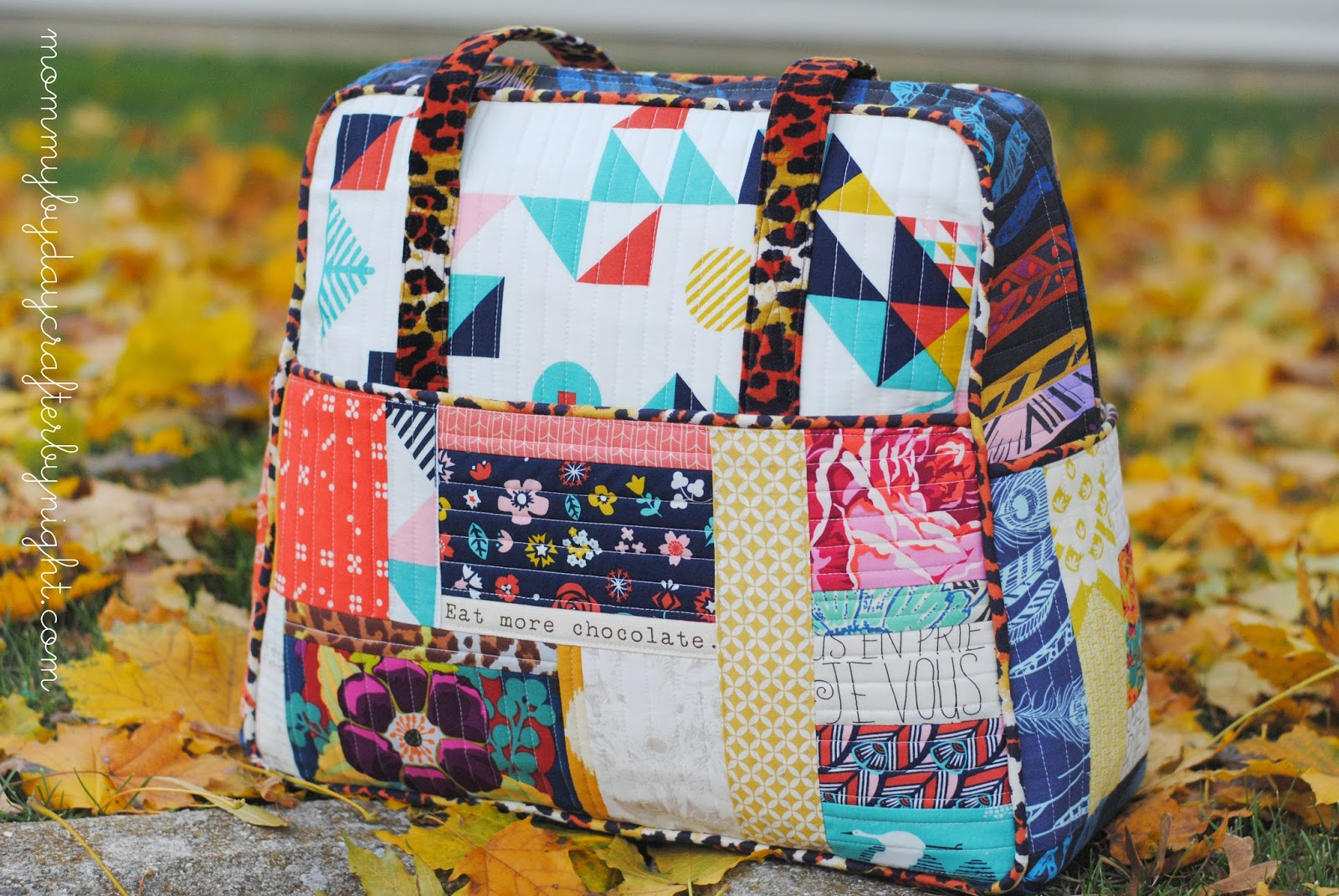 Mommy by day Crafter by night: Quilted Weekender Bag: Take 4