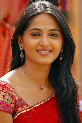 Anushka Photos HD Wallpaper for iPhone