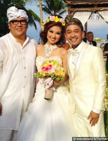 Pernikahan Ruben Onsu dan Wenda Tan