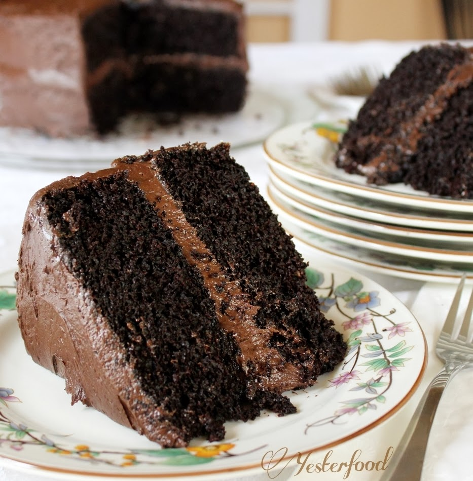 Rich Chocolate Cake Recipe   Dishmaps