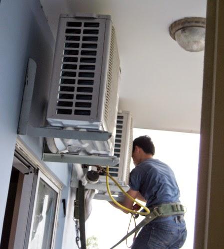 Nạp gas điều hòa Inverter R410A tại Hà Nội