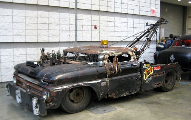 Just A Car Guy : Rat Rod tow truck... full size 1950's Chevy