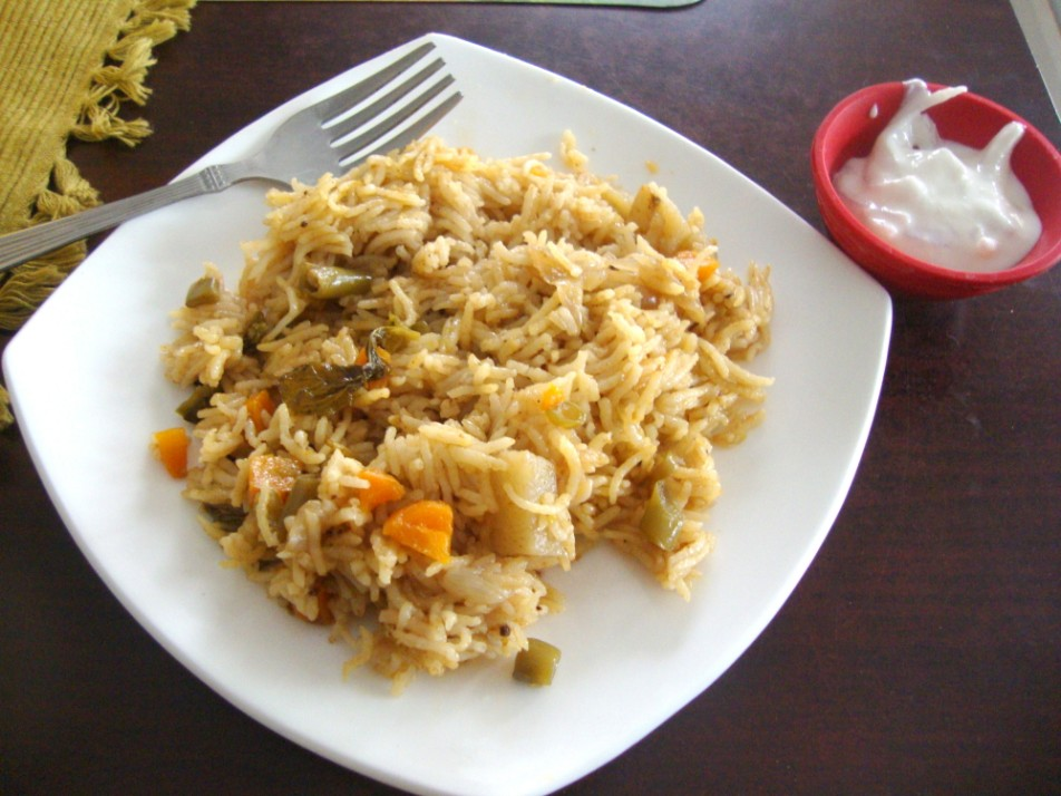 Vegetable biryani with step by step recipe indian lunch box recipes forumfinder Images