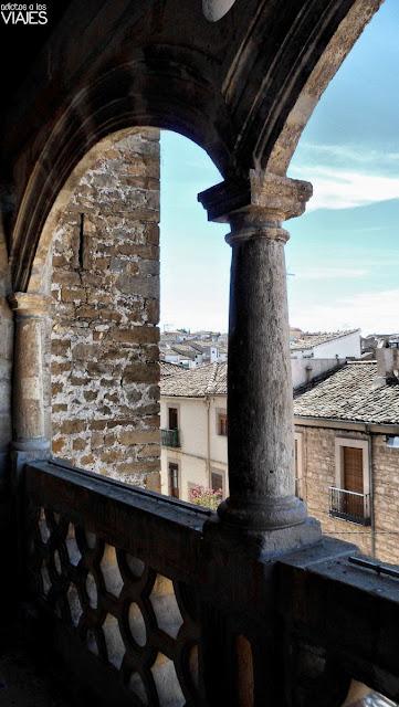 balconada renacentista de la Iglesia de la Asunción villacarrillo