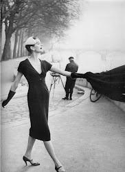 Petite Robe Noire: Chanel