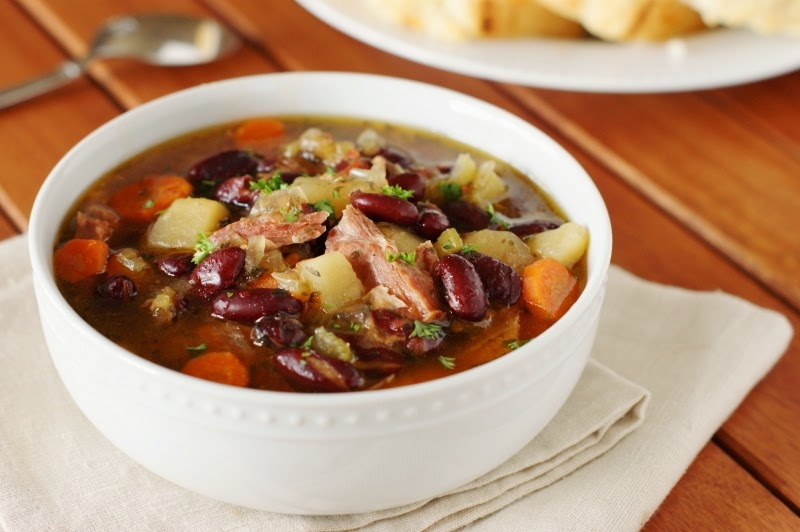 Slow Cooker Ham & Bean Soup