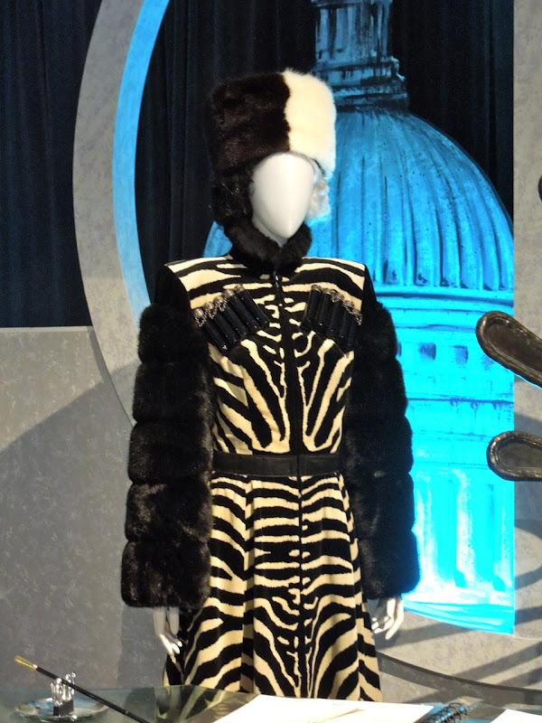 101 Dalmatians Cruella de Vil Cossack costumes