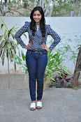 Nithya Shetty dazzling photo shoot-thumbnail-5
