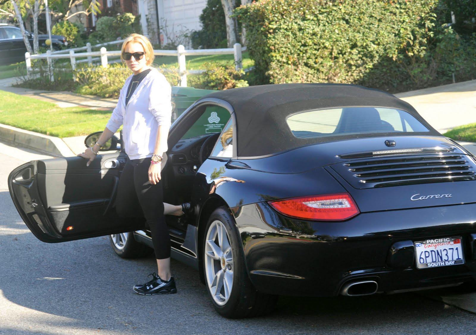http://1.bp.blogspot.com/-zcQ8dRcSNd8/Td2n8qS9EEI/AAAAAAAAA24/5p5VaY3kAIU/s1600/celebrity-cars-2LL.jpg