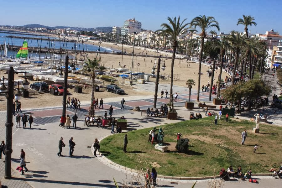 Beach and promenade of Sitges