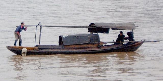 La pesca nel distretto di Odintsovo di un borka