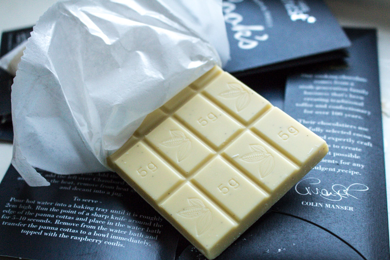Tesco finest* Cook's White Cooking Chocolate
