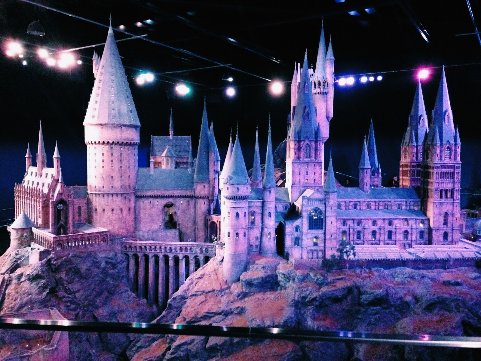 harry potter studio tour photos, harry potter castle, hogwarts model
