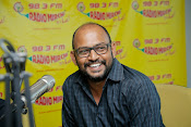 Hrudayam Ekkadunnadi Movie Unit at Radio Mirchi-thumbnail-3