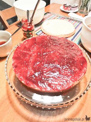 tort z biszkopta
